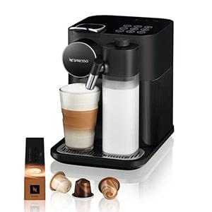 Nespresso machine met melkschuimer