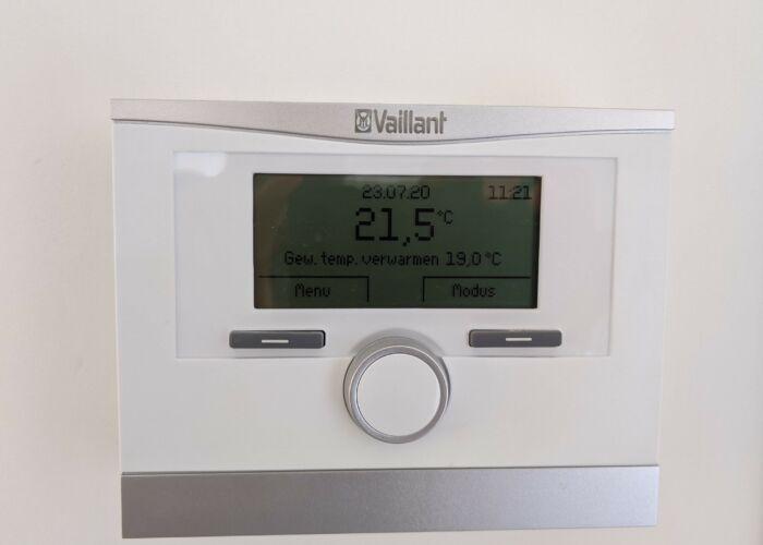 witte kamerthermostaat van Vaillant