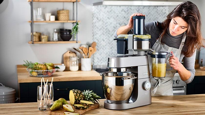 keukenrobot met accessoires